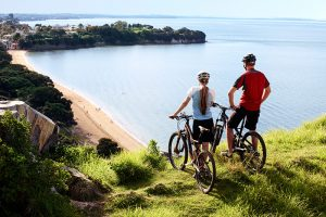 discover-devonport-cycling
